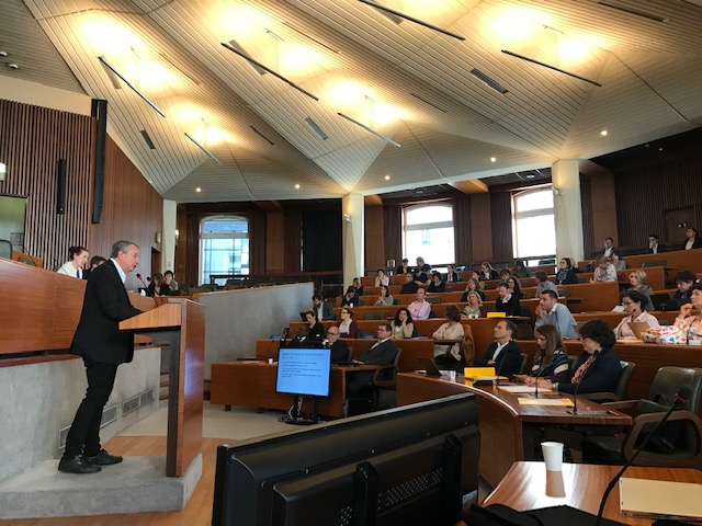 Photo d'une des sessions lors des Journées Scientifiques de la FCM